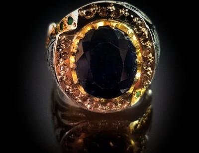 انگشتر نقره مردانه یاقوت کبود با الماس و زمرد 111025